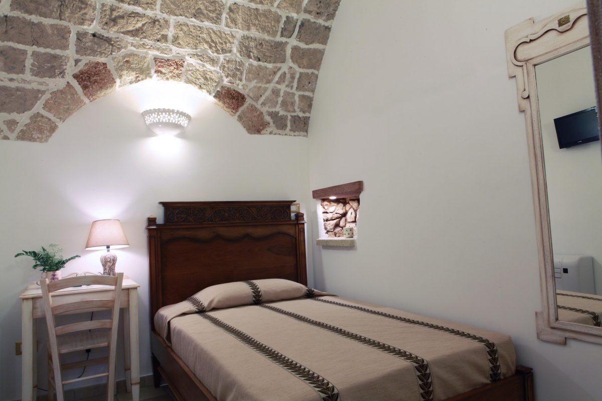 einzelzimmer i borghi d 39 italia il portale sui borghi d. Black Bedroom Furniture Sets. Home Design Ideas